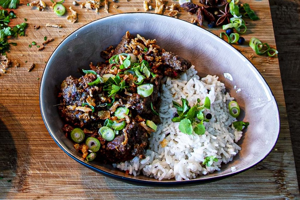 beef rendang met basmati rijst