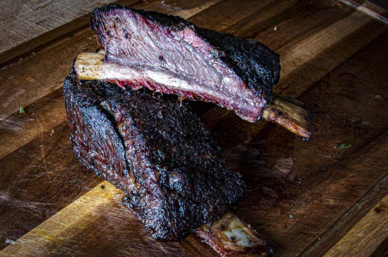Wagyu Flat Ribs van de BBQ